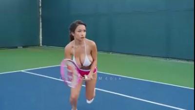 Тенис...
