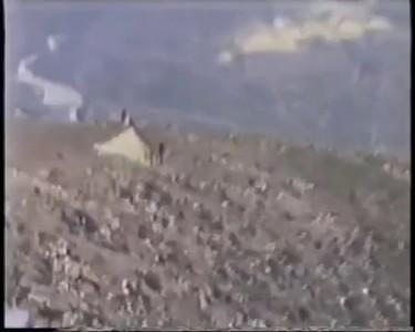 Посадка на одно шасси в горах!