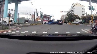 Жестокая авария на Тайване .
