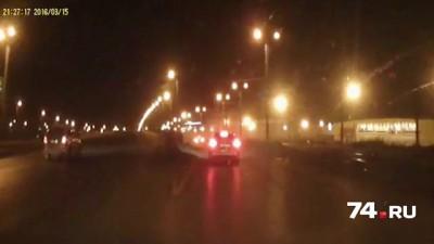 К страшному ДТП на повороте на ЧМЗ привел наезд машины на снежный вал