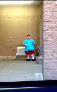 Толстяк зажигает
