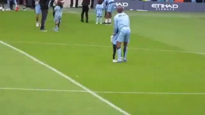 Vincent Kompany taking out his daughter with a slide tackle