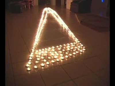 Иллюзия из свечек
