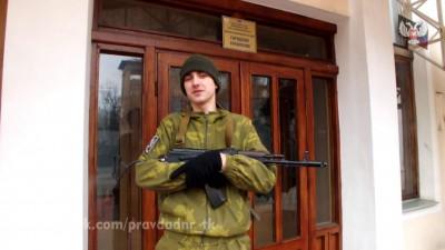17-летний стример из Мариуполя Влад Александрович взял в руки автомат