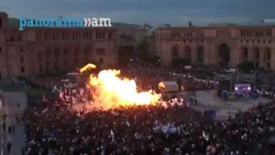 Взрыв газовых шаров в Ереване