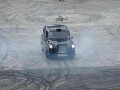 Лондонское такси на Top Gear Festival 2011)