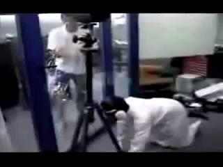 арабы стреляют из ружья.mpg