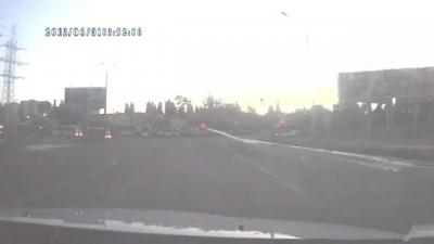 Видео тройного ДТП на Маршала Жукова Одесса