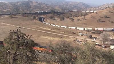 Движение поезда по спирали