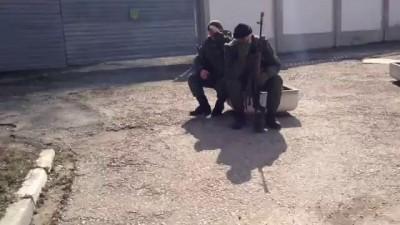 Разговор с российскими военными в Крыму.