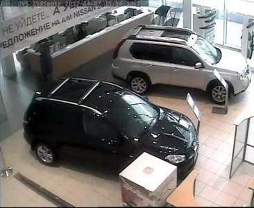 Инцидент в Пеликан-Авто 07.04.12 часть 1