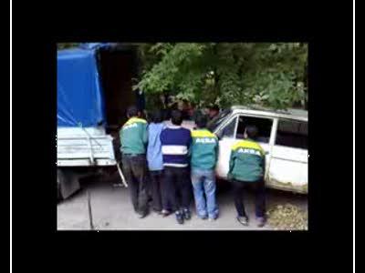 Как таджики шестёрку запихивали