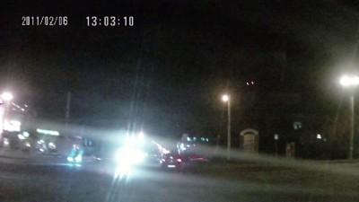 ДТП Омск: Volkswagen Touareg протаранил трактир «Ёлки-Палки»