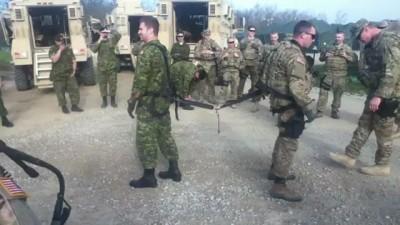 Тяни-толкай в армии
