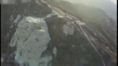 Спасение туристки на вершине скалы