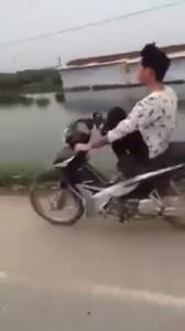 уникальный идиот