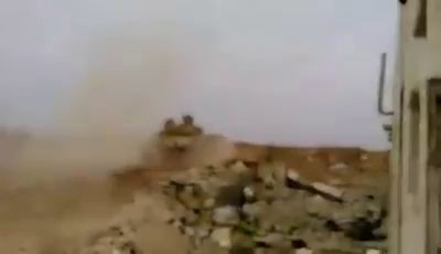Прилёт ПТУР-а со стороны танка