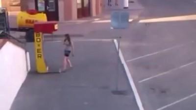 Девушка ПРОБИВАЕТ грушу лучше тебя