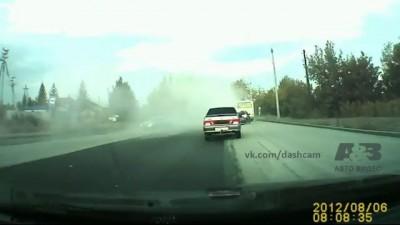 Водитель Mitsubishi не справился с управлением