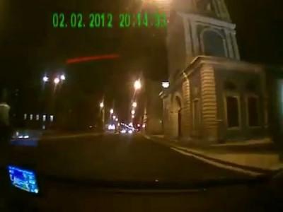ТП дважды протаранила авто на перекрестке...