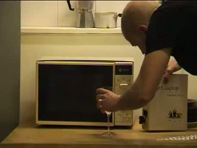 Взрыв алкоголя в микроволновке