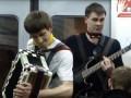 Talanted musicians in train. Музыканты в электричке группа 1000 вольт