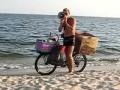 Реклама трубочек на пляже