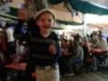 Танцы на столах-Volksfest