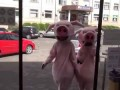 """Хрюши против"" 38: работник магазина душил Хрюшу"