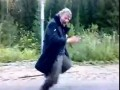 Танец на лесной дороге