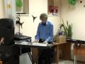 Преподаватель не попадает в ноты