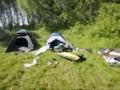 Прямо в палатку