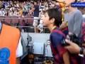 Niño llora al recibir la camiseta de Piqué | Barcelona 7-0 Levante | 18-08-2013