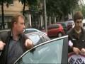 """Активисты акции """"Мне плевать на всех"""" учат правилам водителя Бентли"""