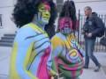 Боди арт на ужасной девушке в New York на Helloween