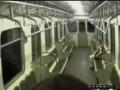 Девочка-2 в метро