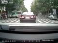 Когда переходишь улицу нужно две стороны смотреть