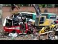 Процесс утилизации автобусов в Колумбии