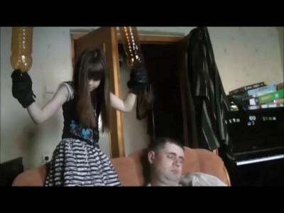 Девочки с пиздой на пупке видео